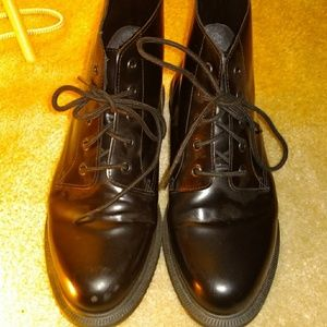 Black real Dr Martens